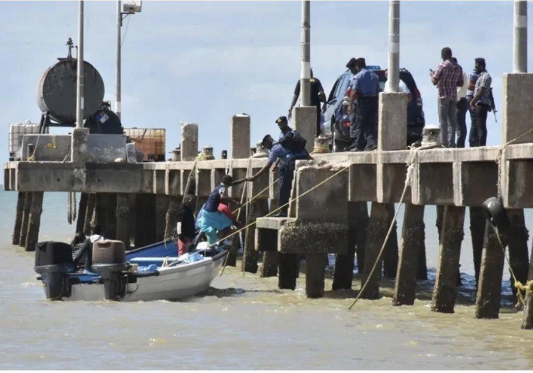 Niños-Trinidad - deportados (1)