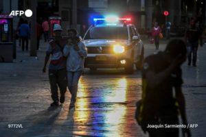 AFP   Toque de queda en Colombia