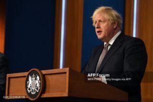 Boris Johnson - mascarillas